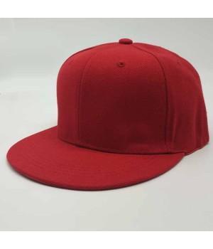 Бейсболка с прямым козырьком красная