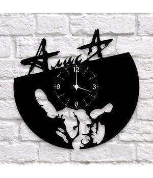 """Часы """"Алиса"""" из виниловой пластинки"""