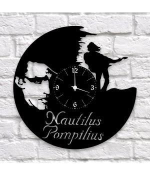 """Часы """"Nautilus Pompilius"""" из виниловой пластинки"""