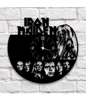 "Часы ""Iron Maiden"" из виниловой пластинки"