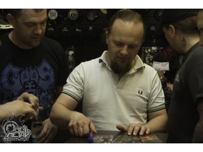 """2013-05-11 - Автограф-сессия группы """"Gods Tower"""" в Бастионе"""