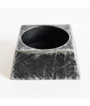 Подсвечник квадратный черный