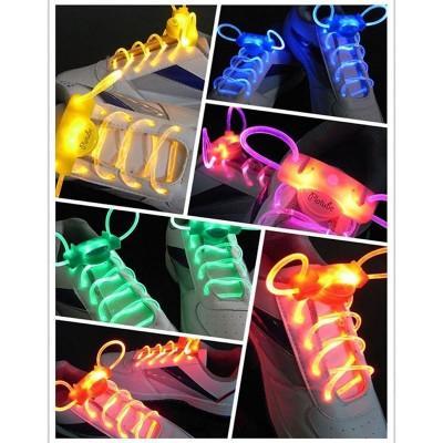 В продаже различные светящиеся и цветные шнурки: - светодиодные;- фосфорные;- светоотражающие;- радужные и др.👉Заказать на сайте Rockbastion.by самостоятельно легко и удобно.📲Единый номер для заказа +375292666123 без выходных.Наш магазин в Минске📍Ленина-4. 0 этаж | 10.00- 21.00. Без выходных✅Доставка по всей Беларсуси 2-4 дня.✅Гарантия качества.#rockbastion #шнурки #светящиесяшнурки
